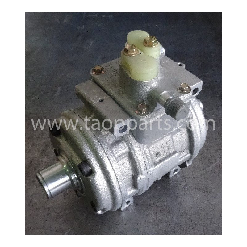 Komatsu Compressor ND447200-0246 for D155AX-3 · (SKU: 53569)