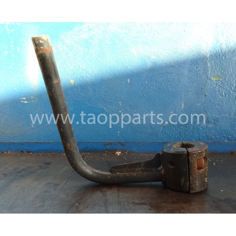 Komatsu Bracket 20Y-54-61621 for PC240LC-7K · (SKU: 53574)