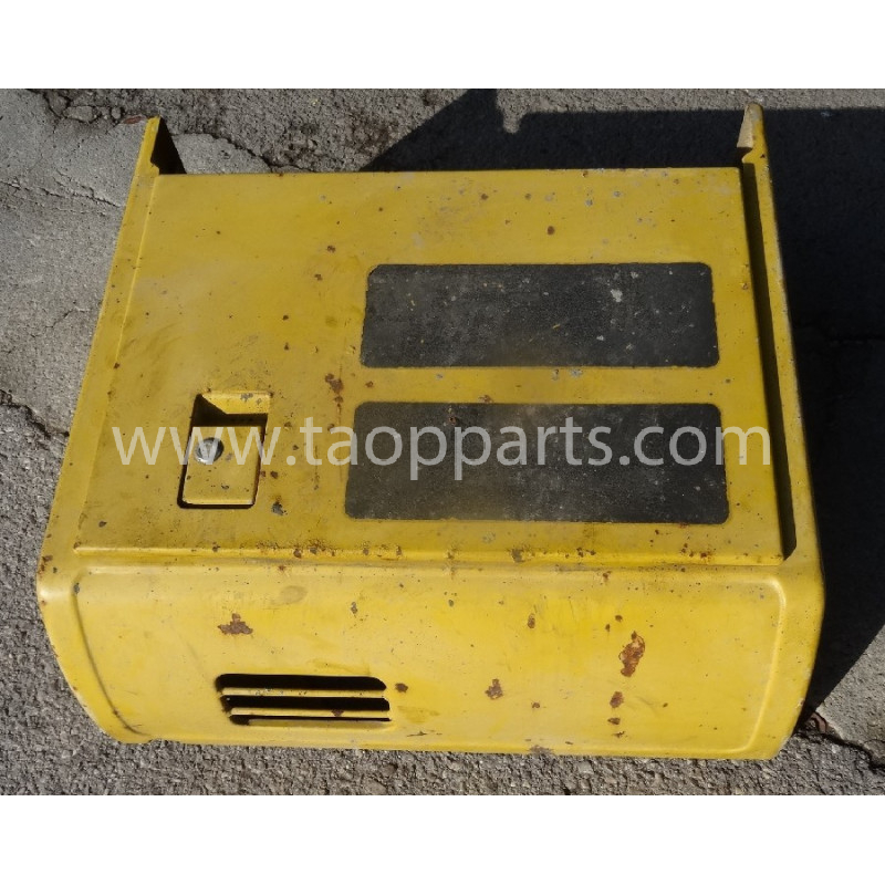 Komatsu box 20Y-54-66101 for PC240LC-7K · (SKU: 53329)