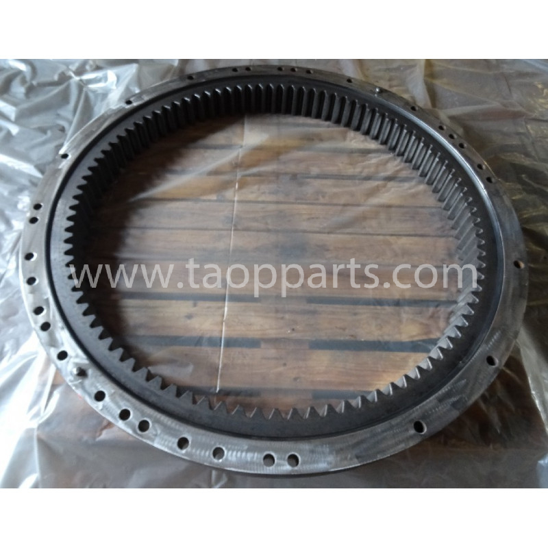 Komatsu Swing circle 206-25-00301 for PC240NLC-8 · (SKU: 53157)
