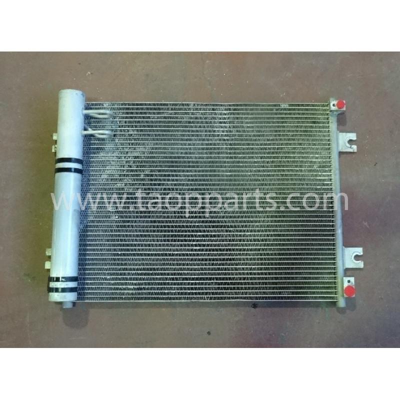 Condensador Komatsu 20Y-810-1221 para PC240NLC-8 · (SKU: 53152)