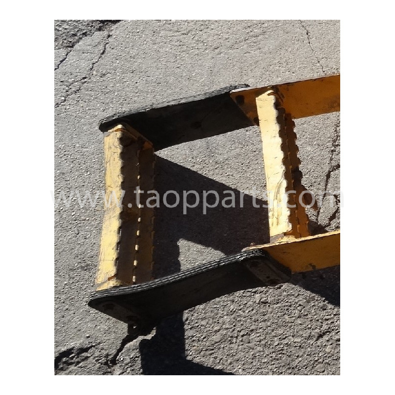 Volvo Stair 11414150 for L150E · (SKU: 52449)