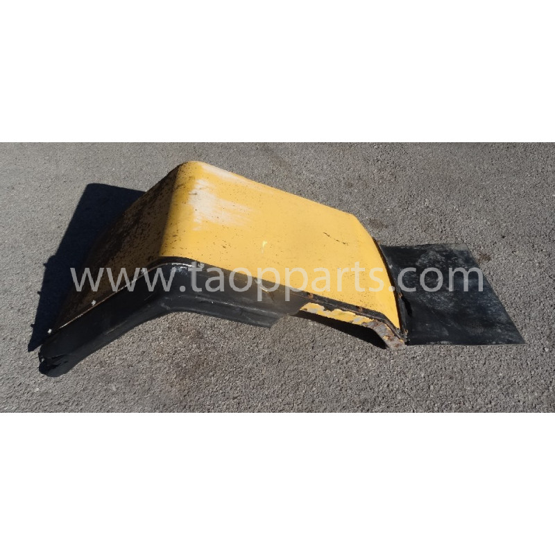 Volvo Fender 11413151 for L150E · (SKU: 53733)
