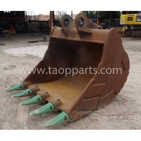 Komatsu Bucket 55555-00060 for PC450LC-7EO · (SKU: 53782)