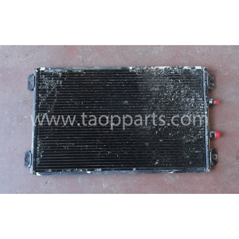 Condensator Komatsu 20Y-979-6131 pentru PC240LC-7K · (SKU: 53339)
