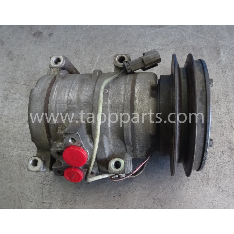 Komatsu Compressor 20Y-979-6121 for PC240LC-7K · (SKU: 53838)