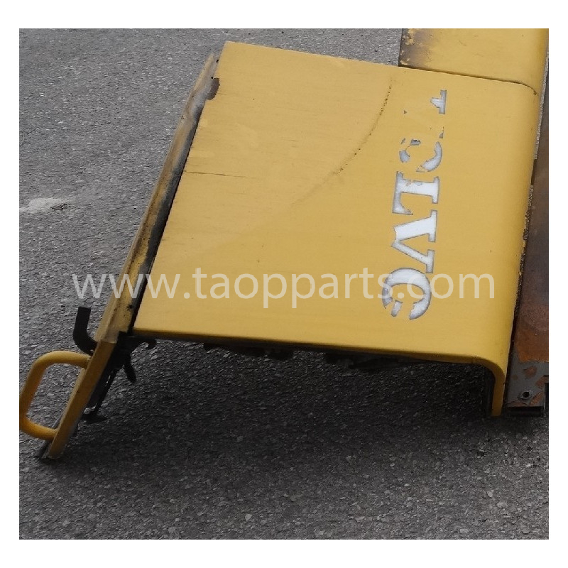 Volvo Door 11175568 for L180E · (SKU: 53685)