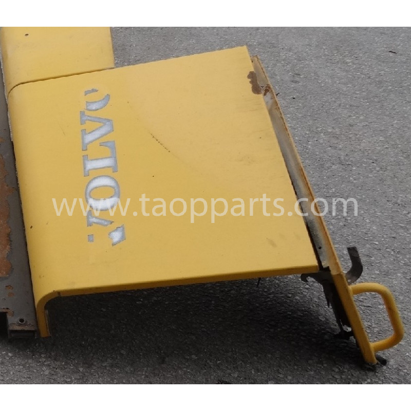 Volvo Door 11175567 for L180E · (SKU: 53686)