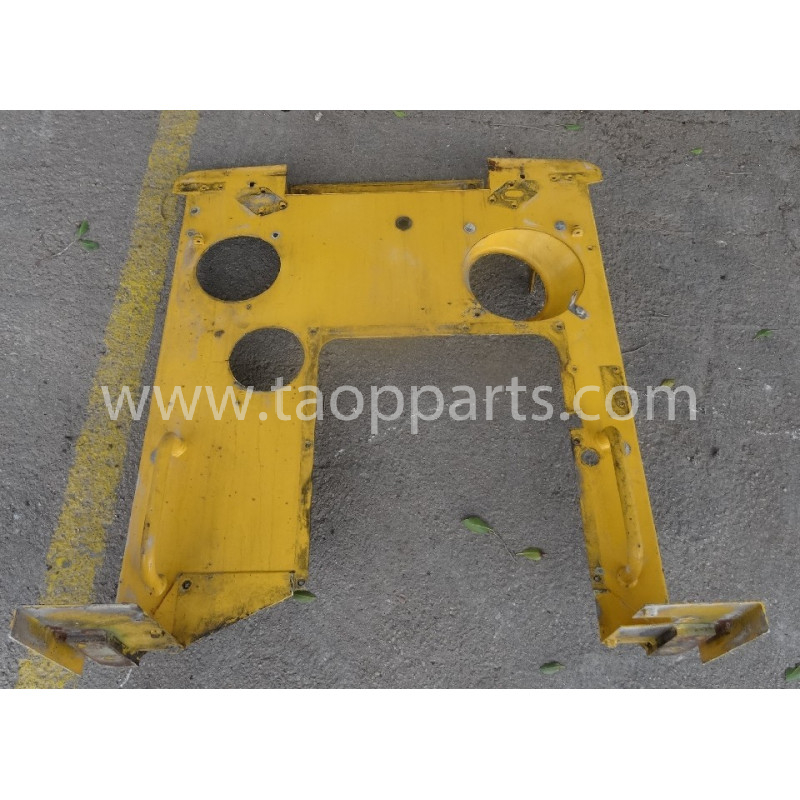 Volvo Bracket 11413420 for L180E · (SKU: 53910)