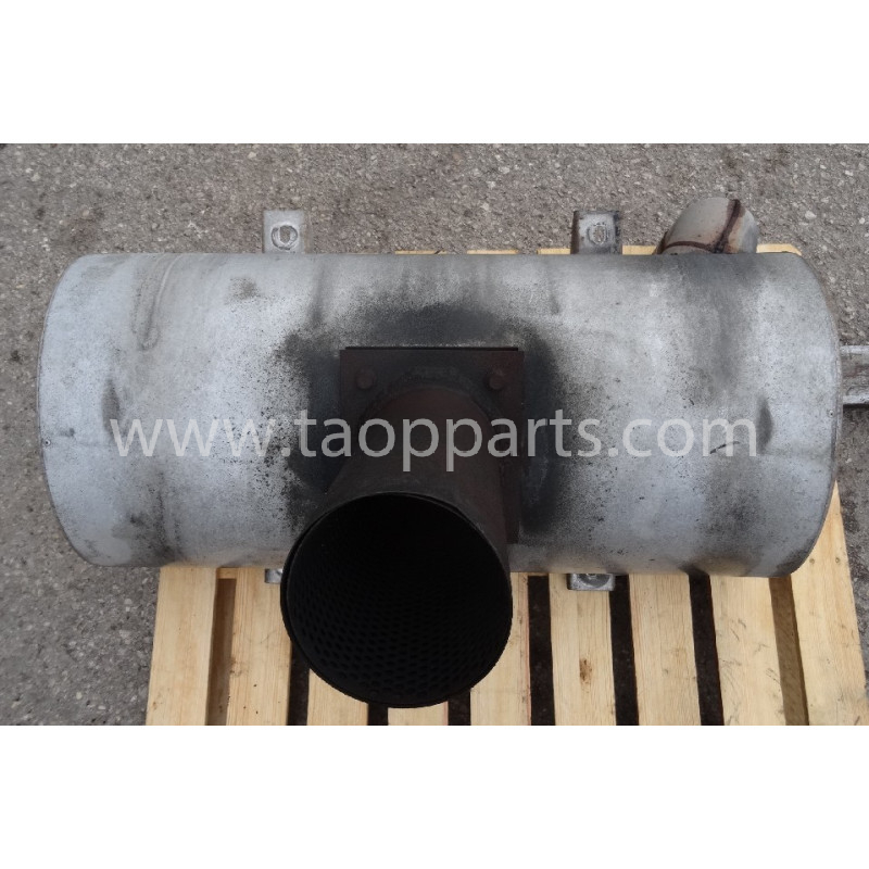 Volvo Muffler 11110296 for L180E · (SKU: 53912)