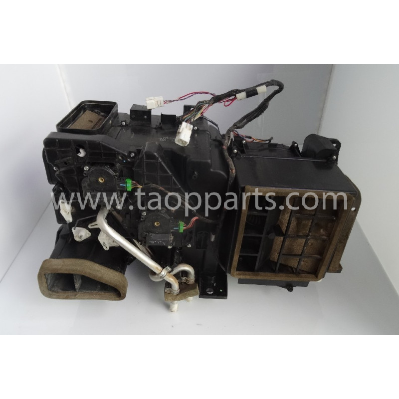 Ensemble ventilation Komatsu 20Y-810-1211 pour PC210LC-8 · (SKU: 54222)