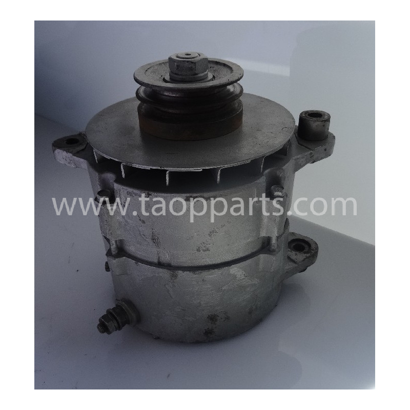 Alternador 600-825-6270 para Bulldozer de cadenas Komatsu D155AX-3 · (SKU: 54515)