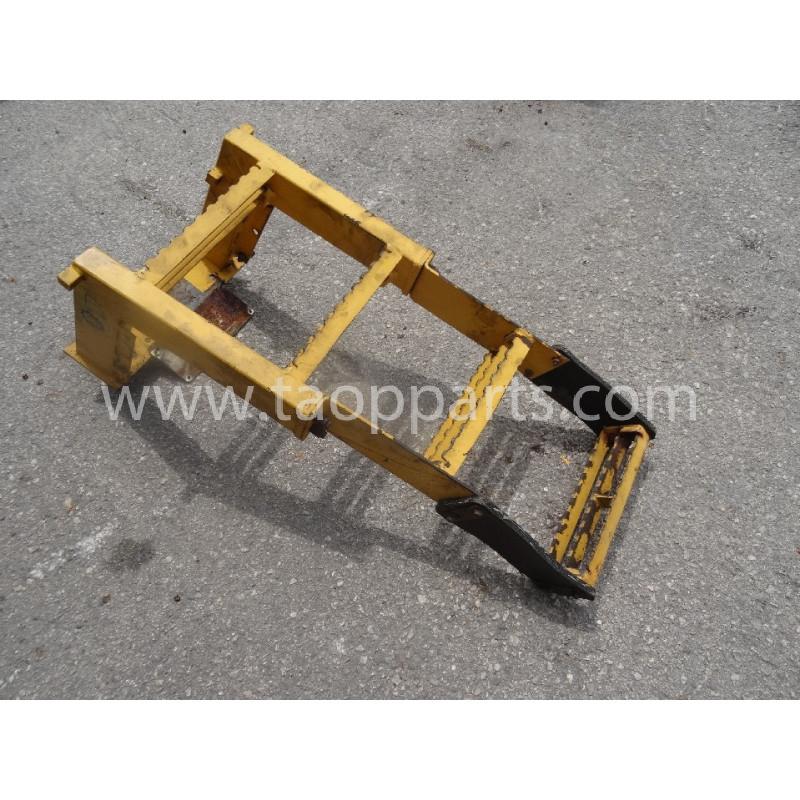 Escalier Volvo 11174786 pour L220E · (SKU: 52099)