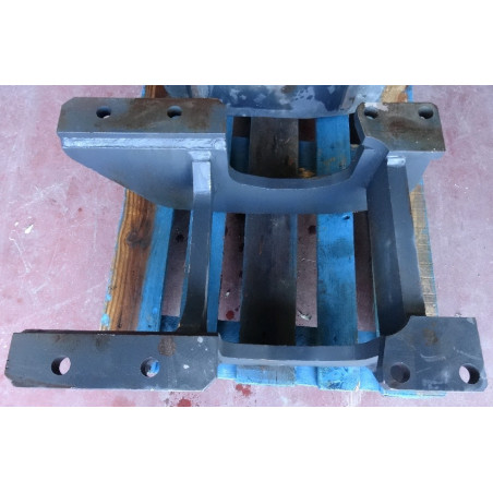 Komatsu Roller guard 209-30-61730 for PC750-6 · (SKU: 856)