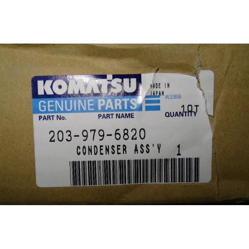 Condensator Komatsu 203-979-6820 pentru PC450-6KJ ACT. · (SKU: 399)