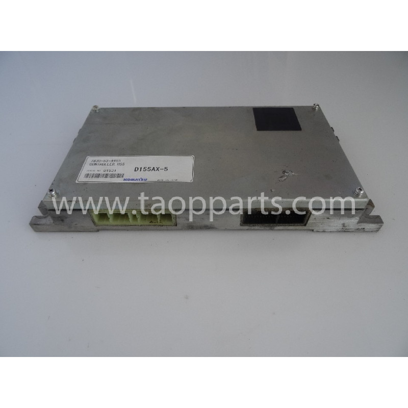 Controlador Komatsu 7830-53-4403 para D155AX-5 · (SKU: 54790)