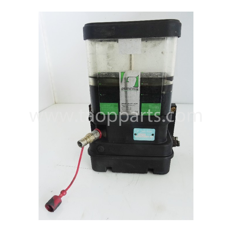 Komatsu Grease pump 55555-00082 for PC340LC-7K · (SKU: 55024)