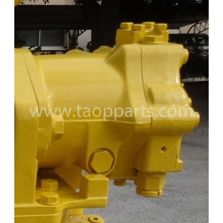 Komatsu Pump 708-7L-00040 for D65PX-15E0 · (SKU: 5114)