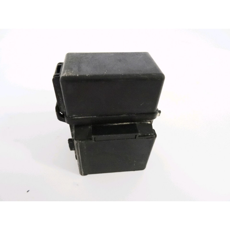 Porta fusibles usada 421-06-22880 para Pala cargadora de neumáticos Komatsu · (SKU: 871)