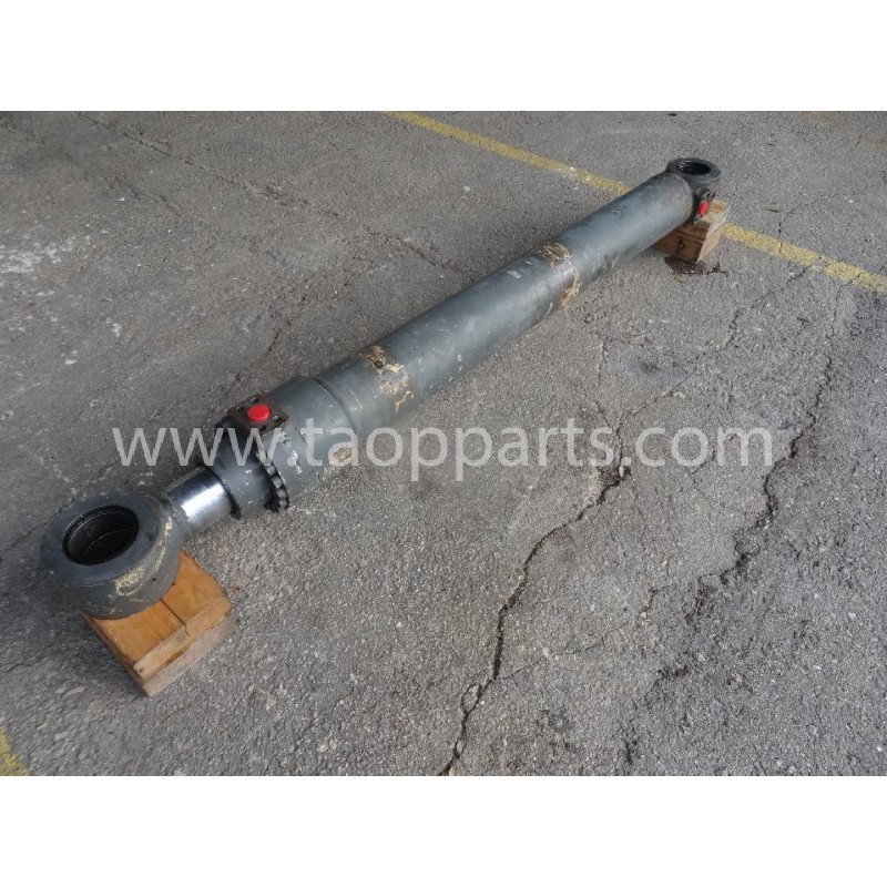 Volvo BUCKET CYLINDER 14563823 for EC360BLC · (SKU: 54149)