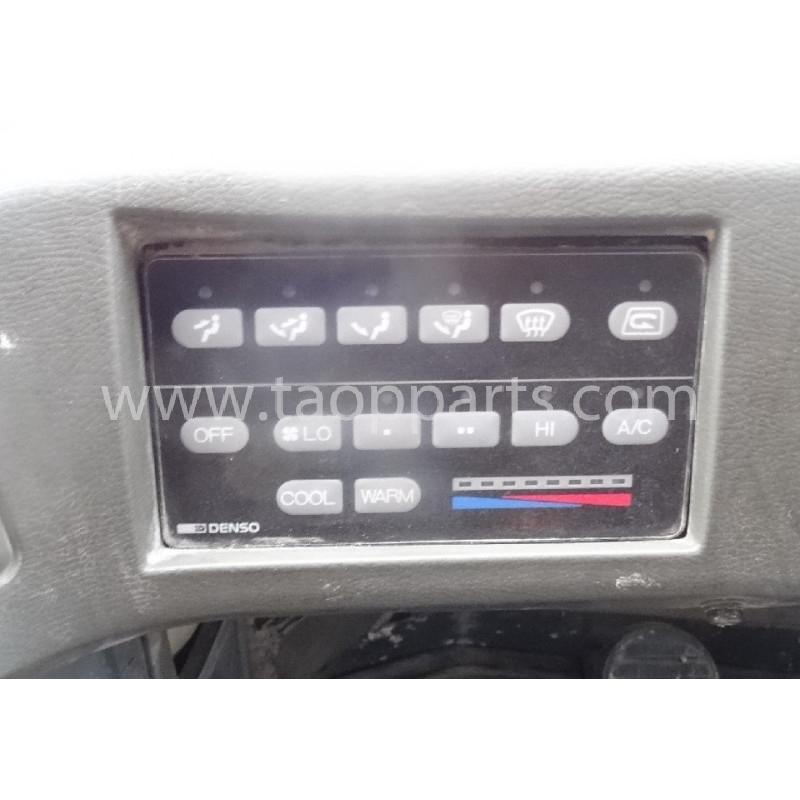 Komatsu Control lever 425-07-21121 for WA600-3 · (SKU: 55644)