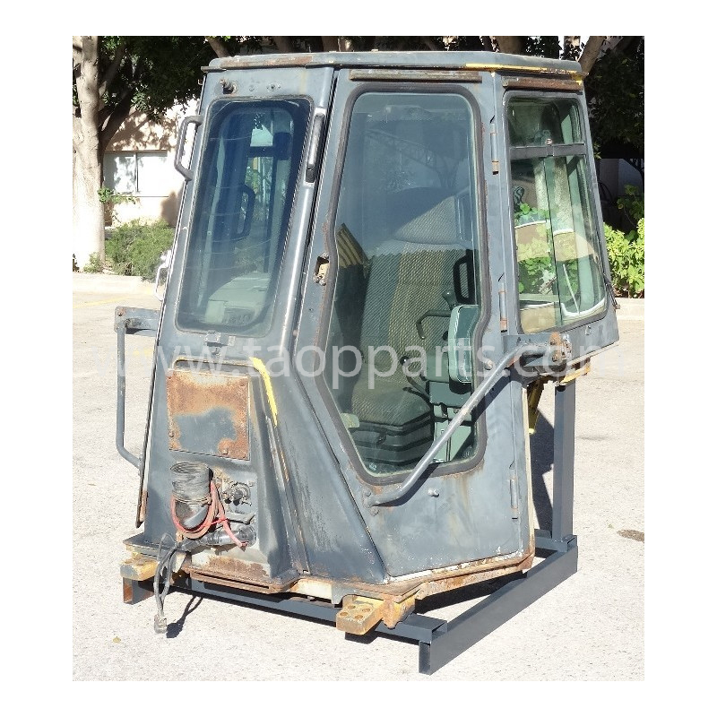 Cabina Komatsu 14X-911-1111 para D65EX-12 · (SKU: 51059)
