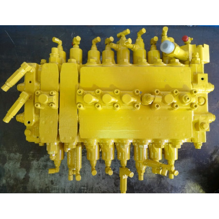 Komatsu Main valve 723-48-19402 for PC450-6 ACTIVE PLUS · (SKU: 910)