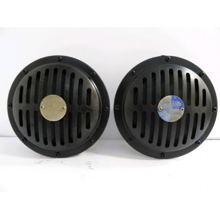 Bocina Komatsu 425-06-31311 para WA500-6 · (SKU: 912)