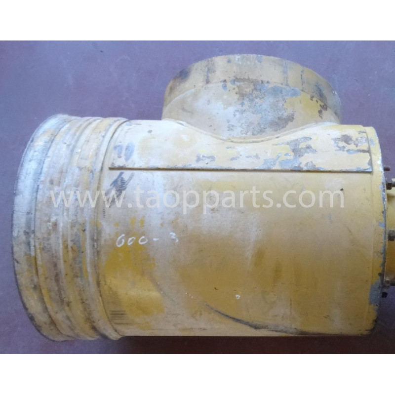 Komatsu Air cleaner assy 6162-83-7310 for WA600-3 · (SKU: 56286)
