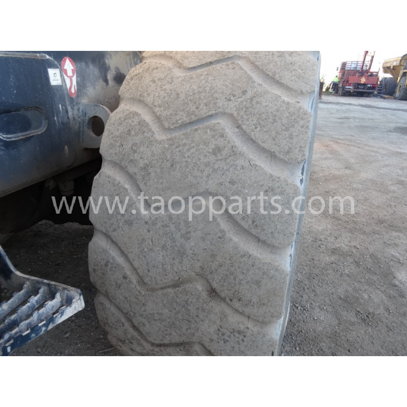 Neumático Radial GOODYEAR 20.5R25 · (SKU: 56473)