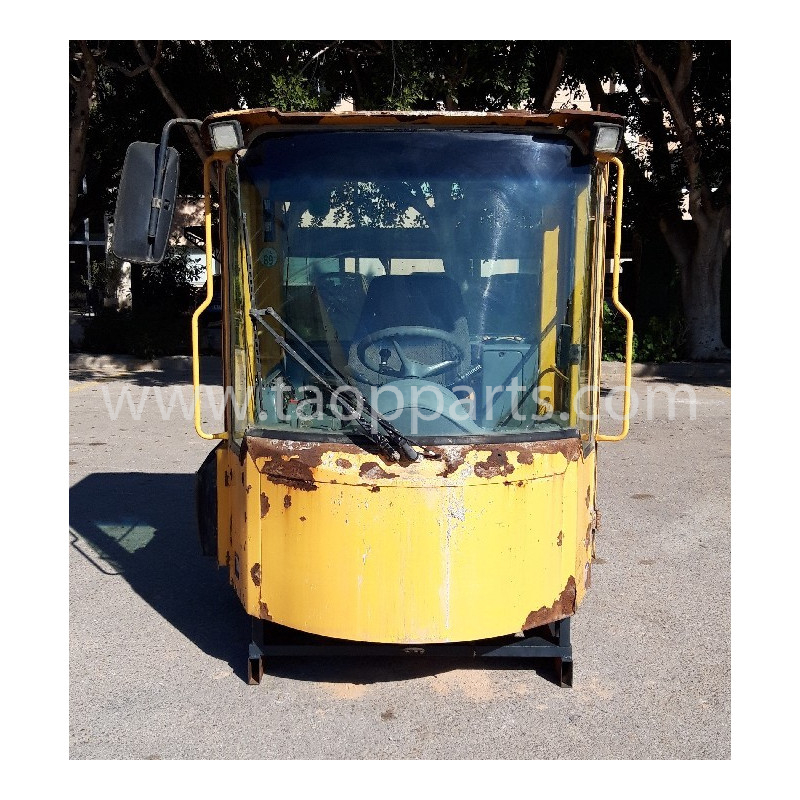 Volvo Cab 33517 for L150E · (SKU: 50807)