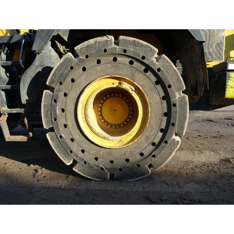 SG REVOLUTION Solid Tyre 26.5 R25 · (SKU: 930)
