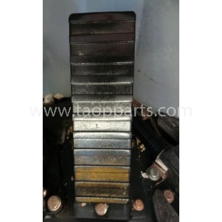 Pedal Acelerador Komatsu 426-43-31111 para WA500-6 · (SKU: 967)