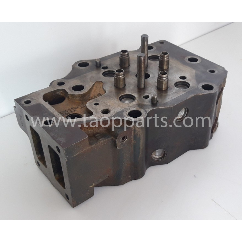 Komatsu Cylinder head 6211-12-1100 for WA500-3 · (SKU: 57055)