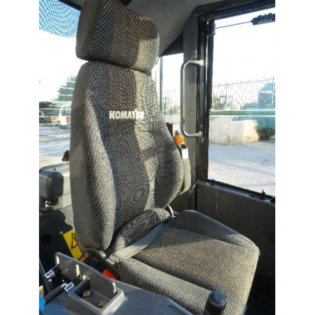 Komatsu Driver seat 426-57-21411 for WA500-6 · (SKU: 982)