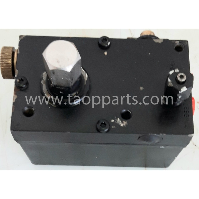 used Pump 11114424 for Volvo Articulated dump · (SKU: 55583)