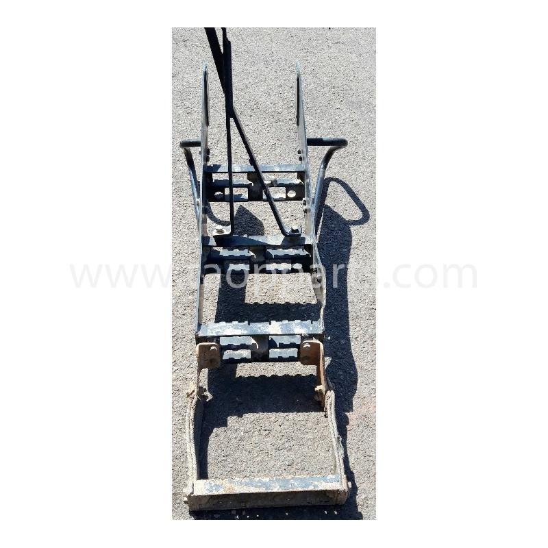 Escalera 421-54-44861 para Pala cargadora de neumáticos Komatsu WA470-6 · (SKU: 58636)