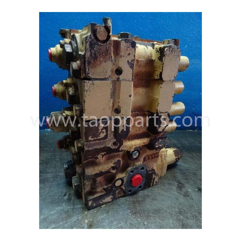 Distributeur 723-64-11200 pour Bulldozer Komatsu D155A-3 · (SKU: 4501)