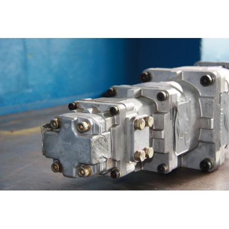 Komatsu Pump 705-56-36050 for WA320-5 · (SKU: 272)