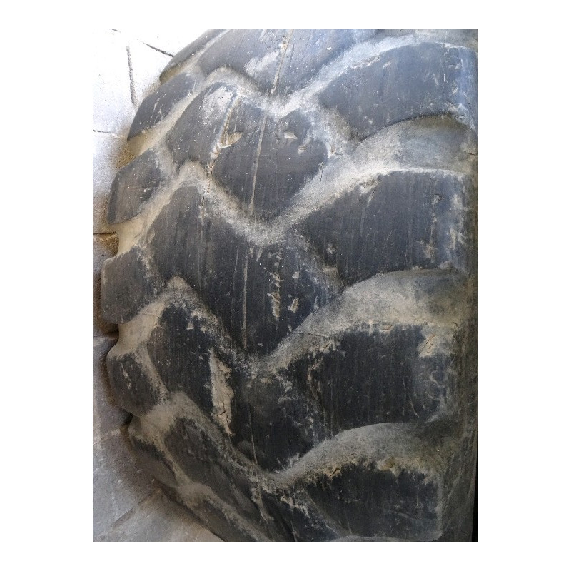Neumático Radial MESAS 26.5 R25 · (SKU: 1230)