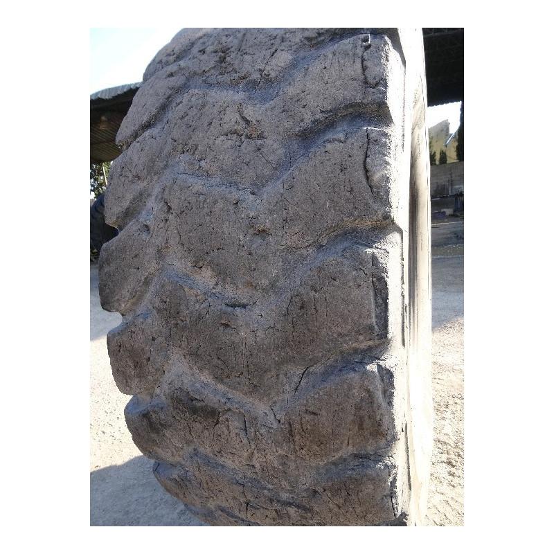 Neumático Radial MICHELIN 24.00R35 · (SKU: 1245)