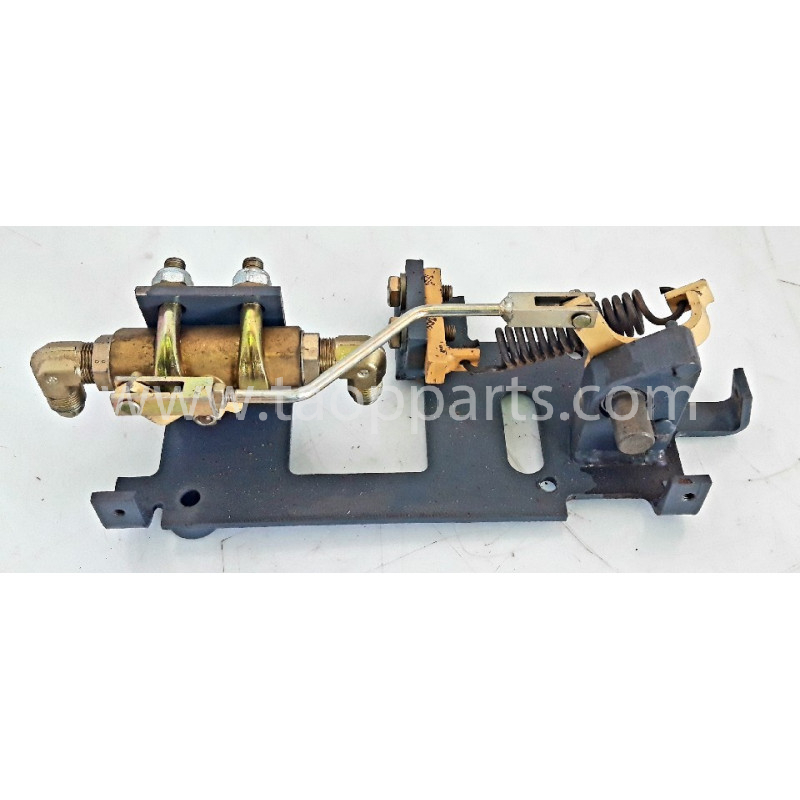 Valvula usada 20Y-62-15651 para EXCAVADORA DE CADENAS Komatsu · (SKU: 59106)