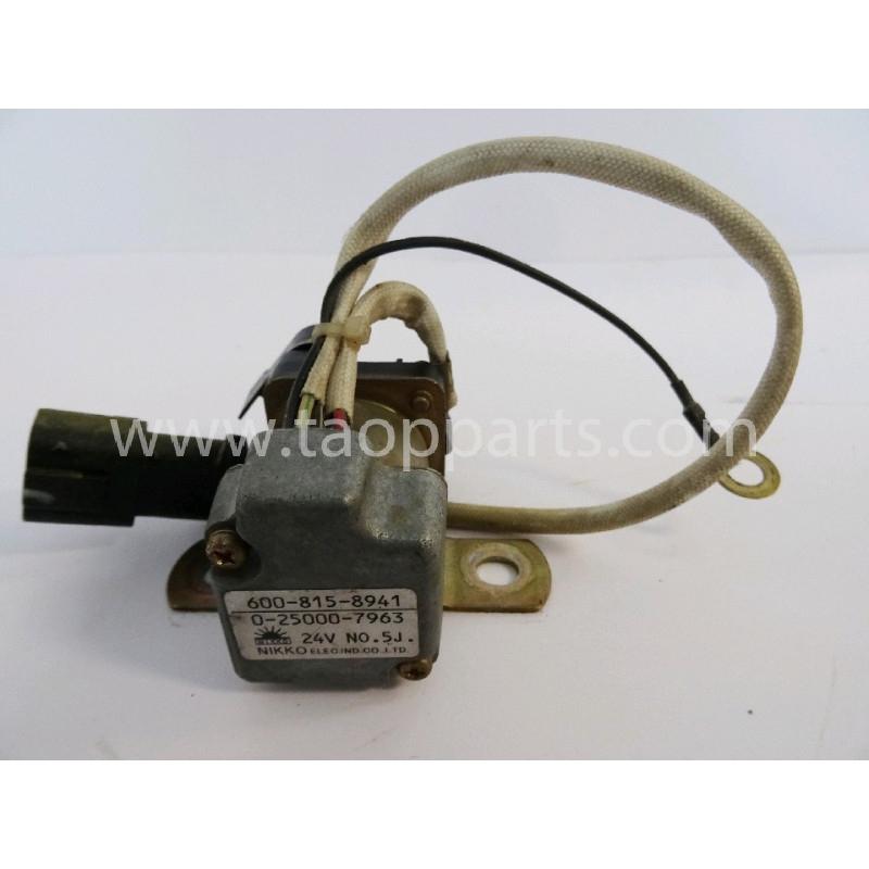 Relais Komatsu 600-815-8941 pour PC210-8 · (SKU: 1298)