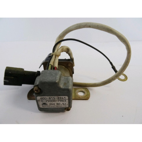 Rele Komatsu 600-815-8941 para PC210-8 · (SKU: 1298)