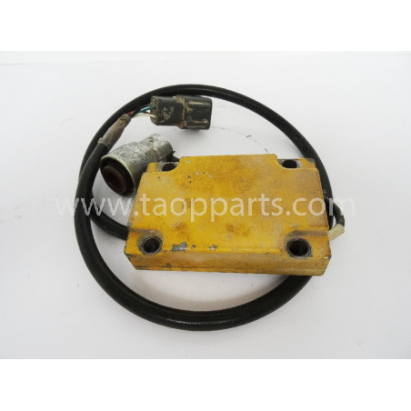 Sensor Komatsu 6553-81-5221 para HD465-5 · (SKU: 1588)