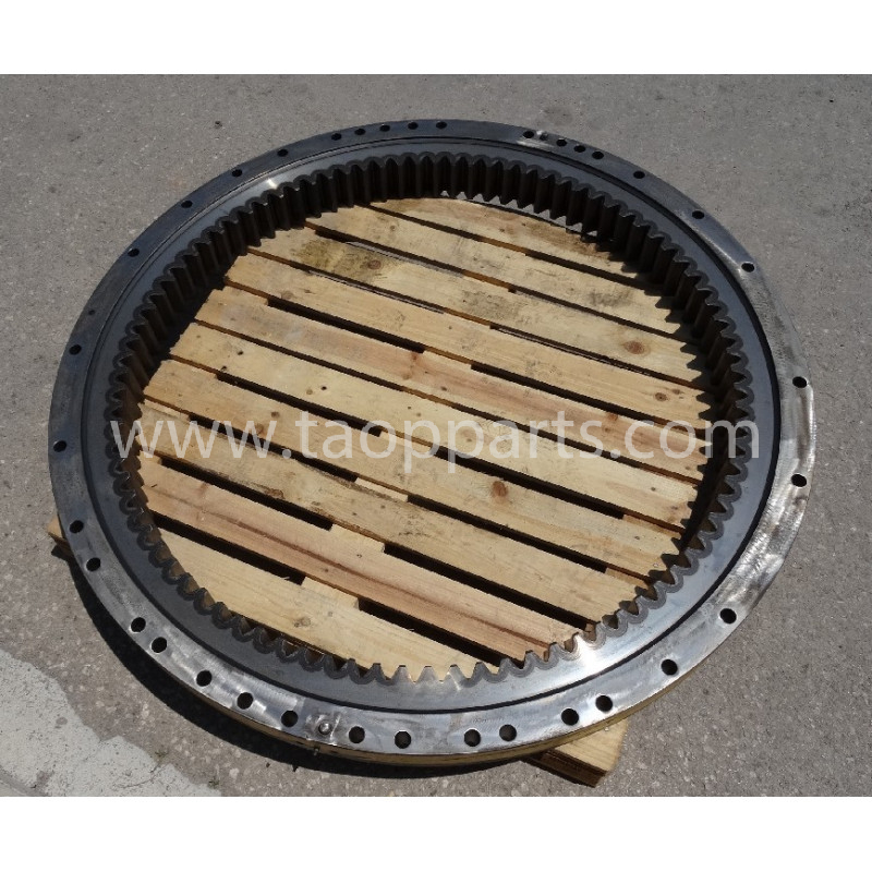 Komatsu Swing circle 206-25-K1111 for PC290-6 · (SKU: 1610)