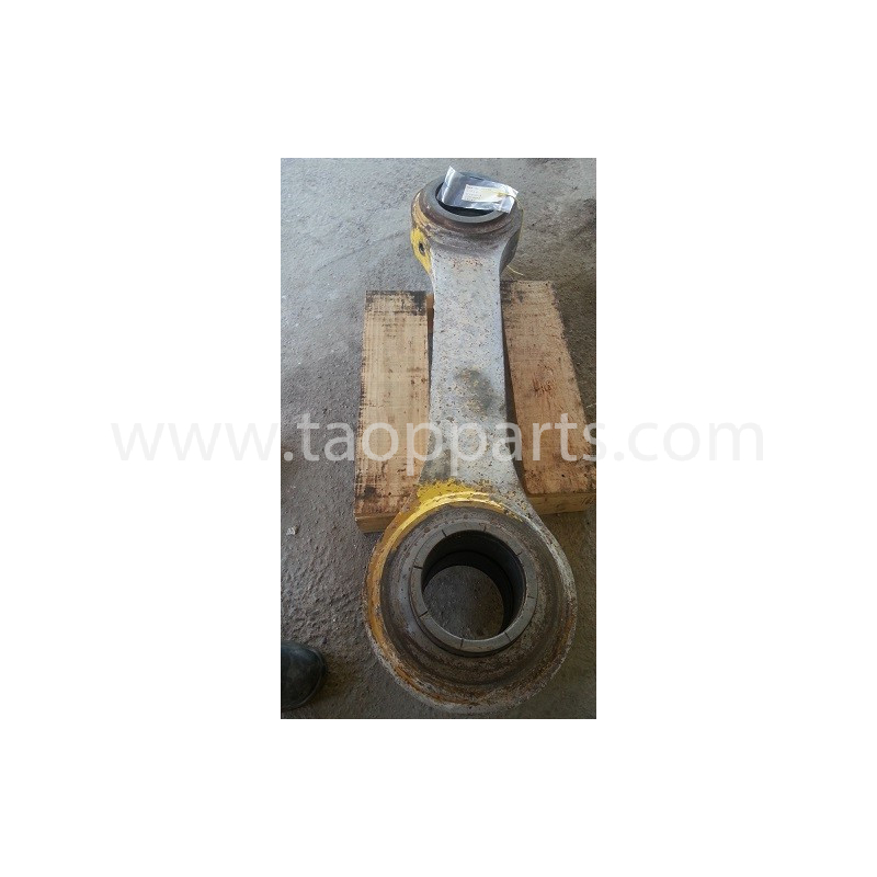 Komatsu Bucket link 426-70-00035 for WA600-1 · (SKU: 318)