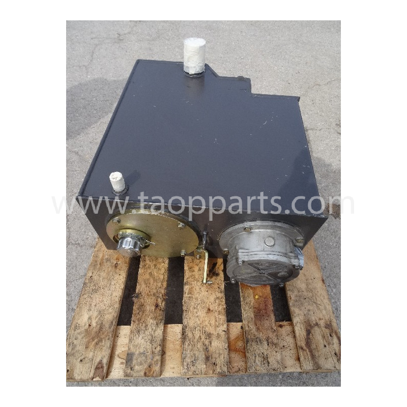 Reservoir hydraulique Komatsu 226-60-11110 pour PW110 · (SKU: 2185)