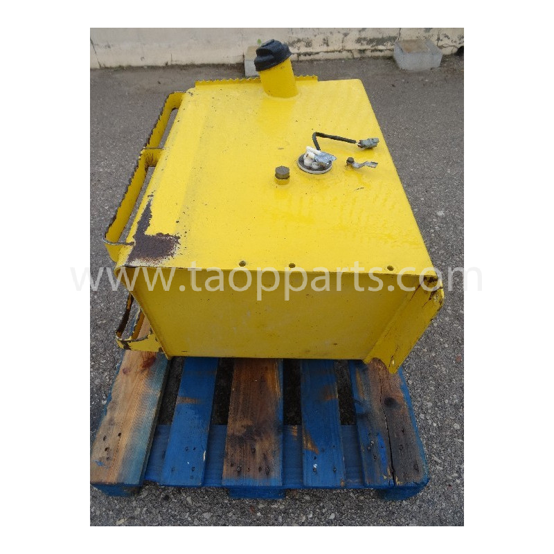 Deposito Gasoil Komatsu 42N-04-11312 para WB97R-5 · (SKU: 2400)