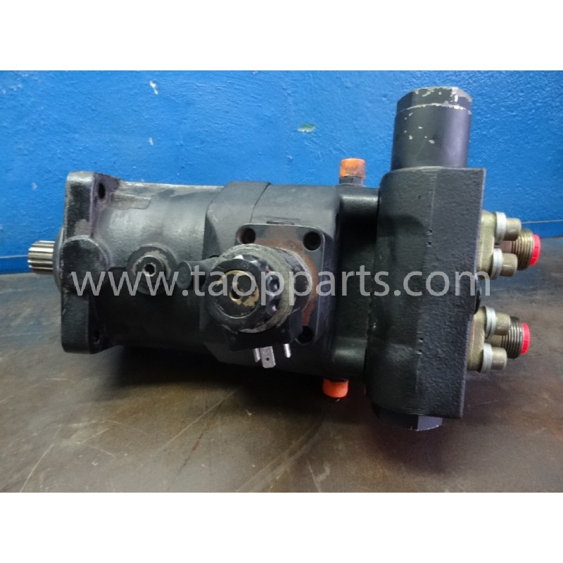 Komatsu Hydraulic engine 226-60-17100 for PW110 · (SKU: 2401)